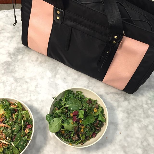 Midday greens🌱🌱😋 #lunching #gymbag #gymday #healthyhabits