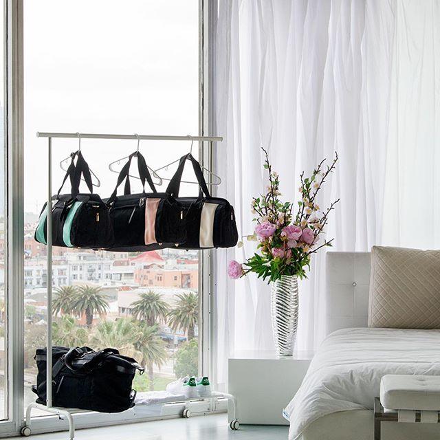Gym bag options 💁🏻💪🏽 #gymtime #gymbag #essentials #goodmorning