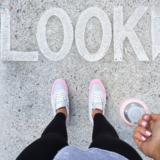 Blush pink #athleisure inspo💕🌸 via @basebodybabes #blushpink #fitnessmotivation #fitspo