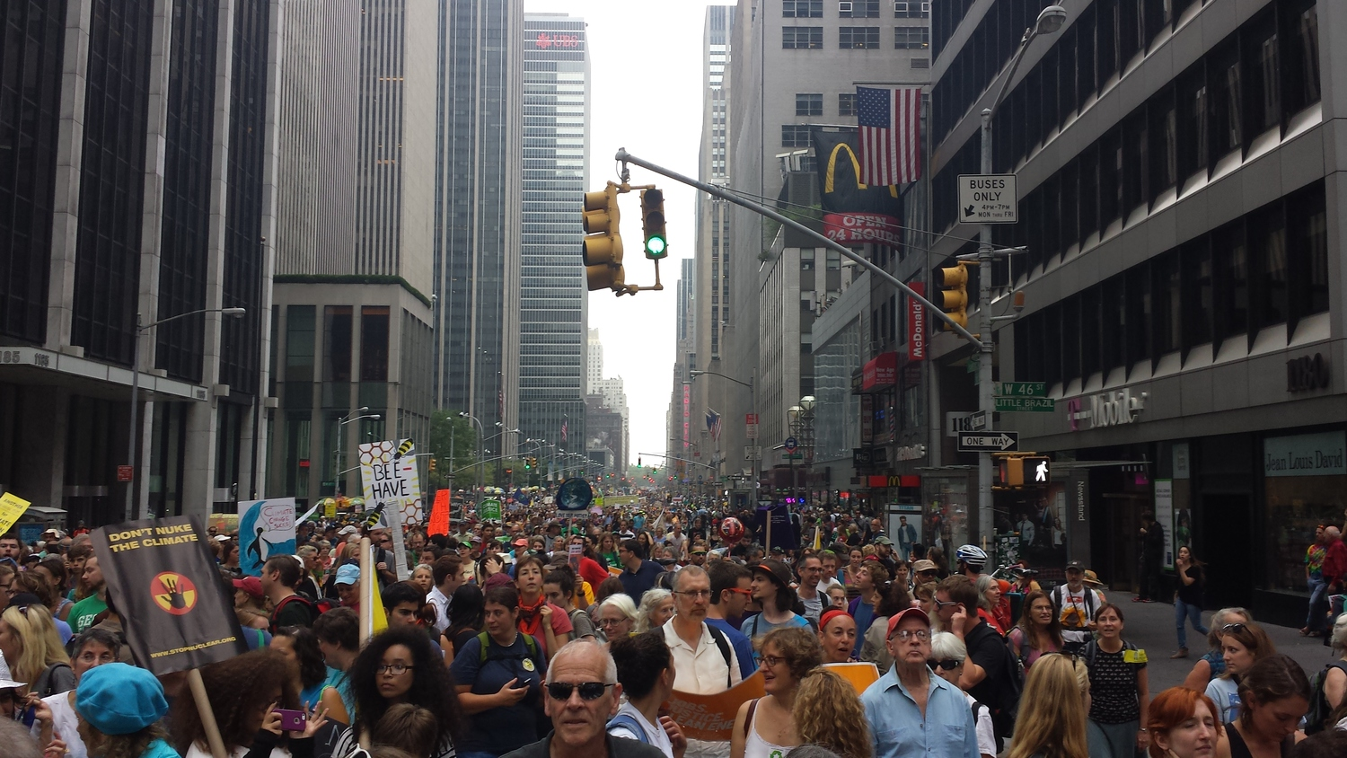 People's Climate March at NYC / Source: Bingjiefu He