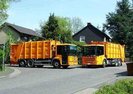 Garbage Trucks2.jpg