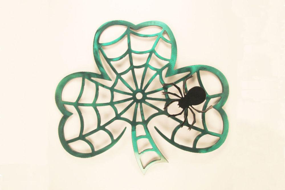 shamrock-spider-web