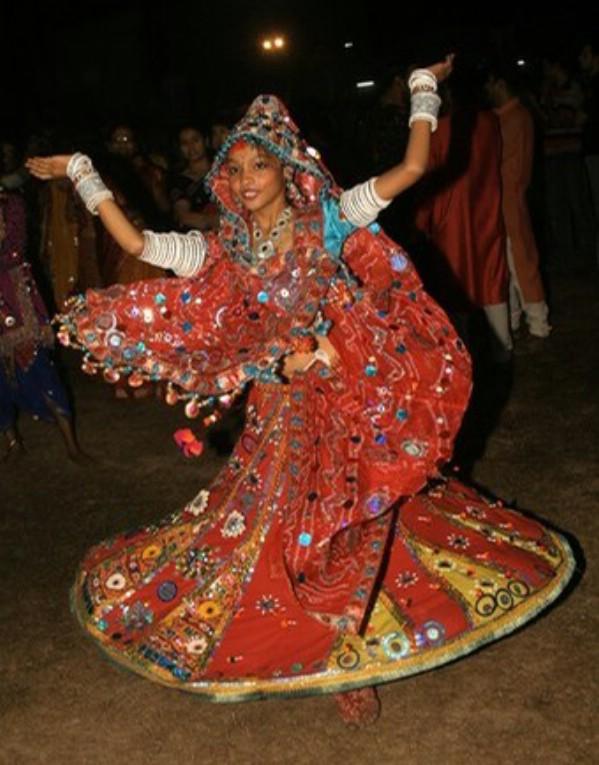 cd dancing.jpg