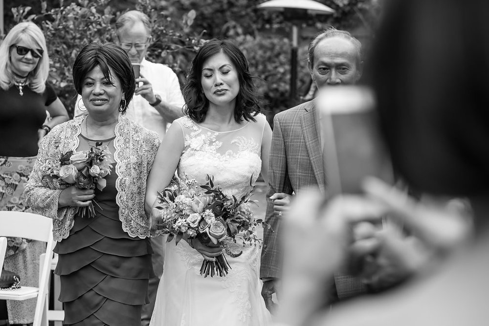 los angeles wedding photographer_ candid_ natural wedding photos_394.JPG