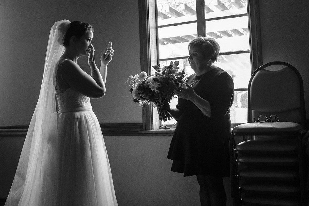 los angeles wedding photographer_ natural_candid photo.JPG