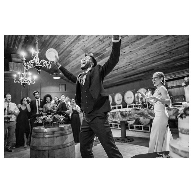 😱No one was prepared for his self-cake-smashing action 🍰🙈 #blackandwhite #weddingphotojournalism#fujifilm#vineyardwedding