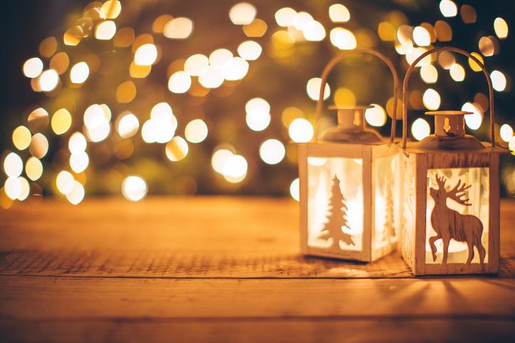 Christmas Candle 498138996.jpg