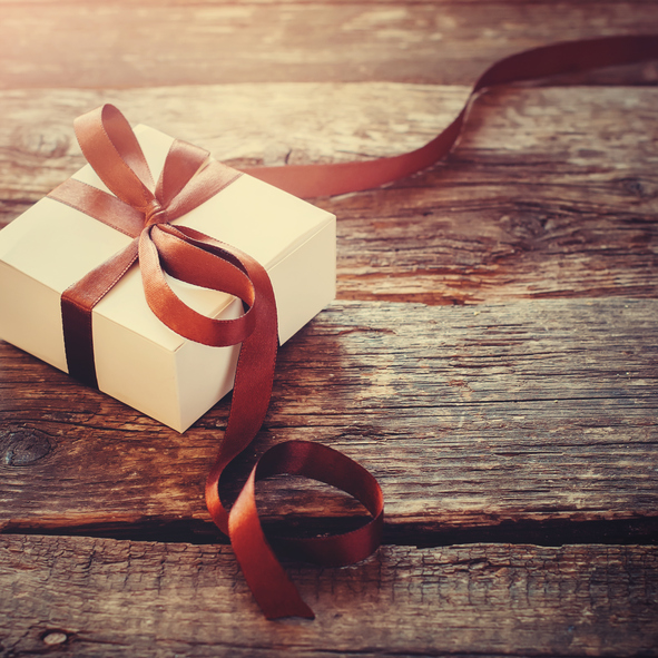 Christmas gift present -507308376.jpg