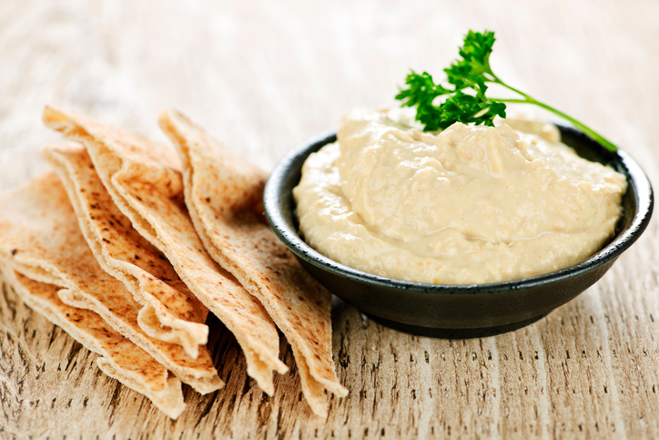 Food Hummus 114336070.jpg