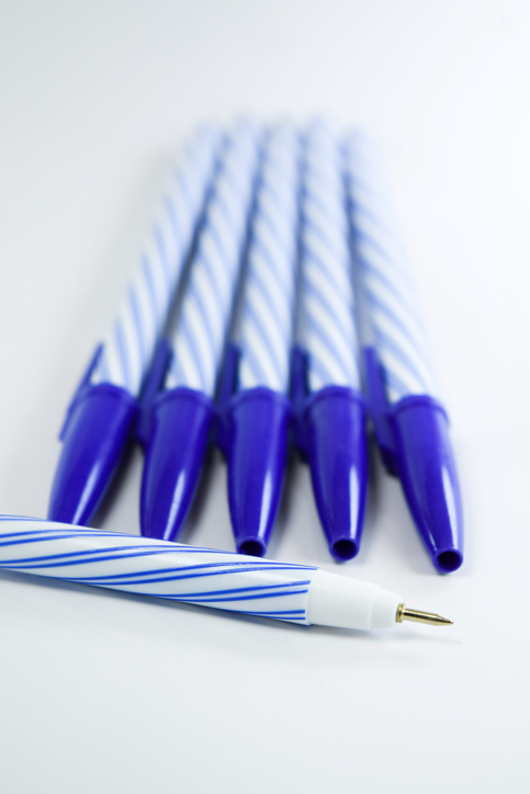 Pens 590177972.jpg