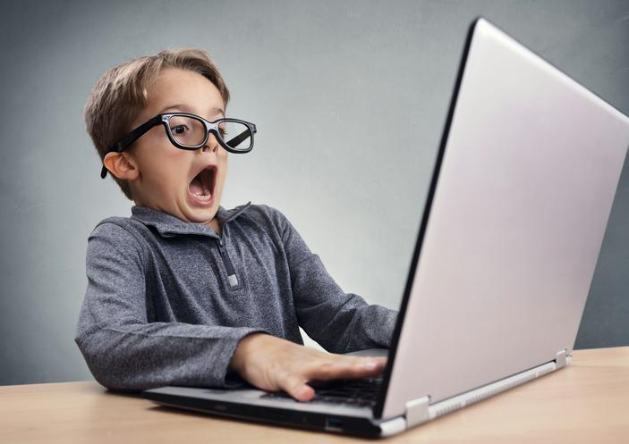 Child computer 504008174.jpg