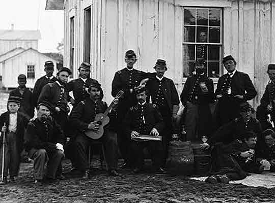 4th-MO regiment of colored-infantry-off.jpg