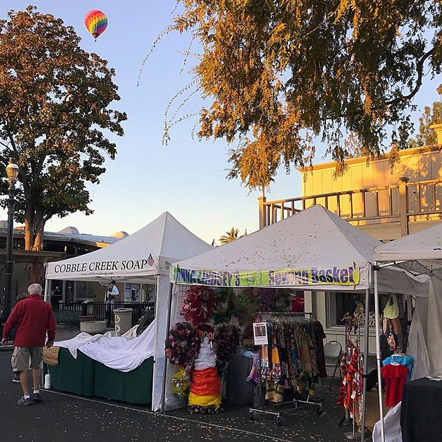 This was our view Sunday morning as we were opening up our booths at the 2017 Clovis Fest!  It is such a treat to watch the balloons launch over head.  #clovisfest17 #annalindseysewing #print-Happens #Homemade #madewithlove