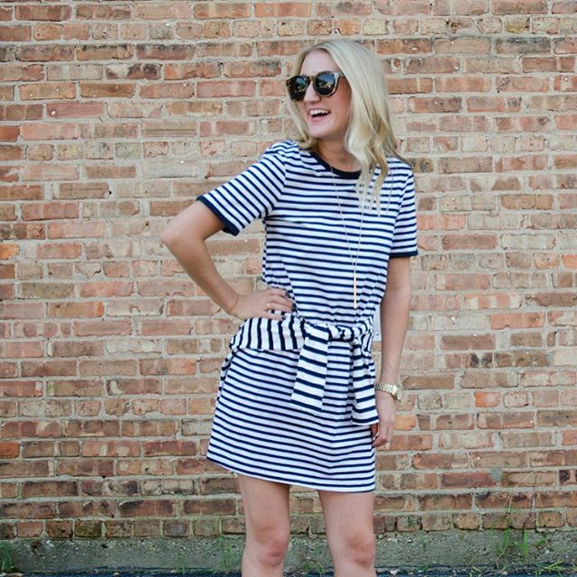 Happy #NationalStripesDay ! Jump on over to blondeandsomething.com for more of this stripe on stripe action #blondeandsomething #whatiwore #springfashion