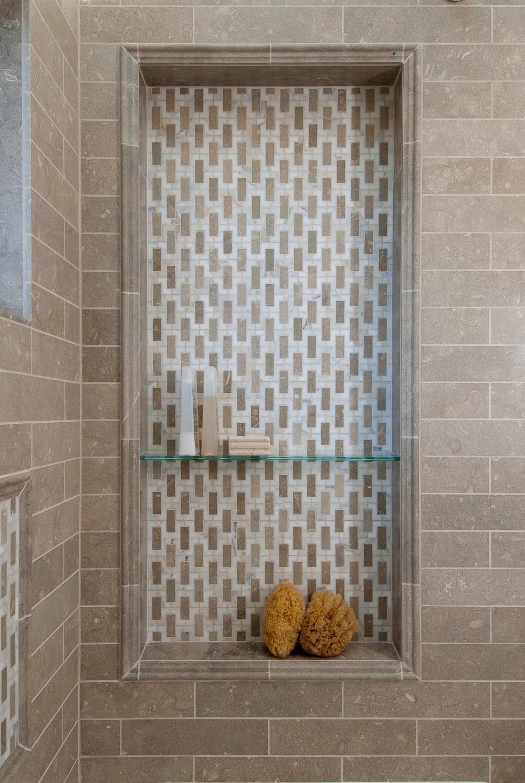Elmwood Bathroom