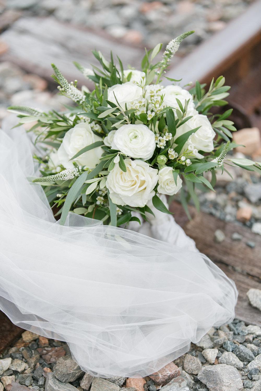 train track wedding bouquet.jpg
