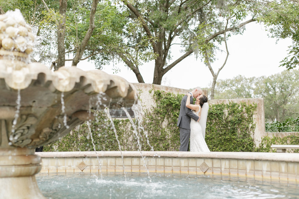 Winter park fountain wedding.jpg