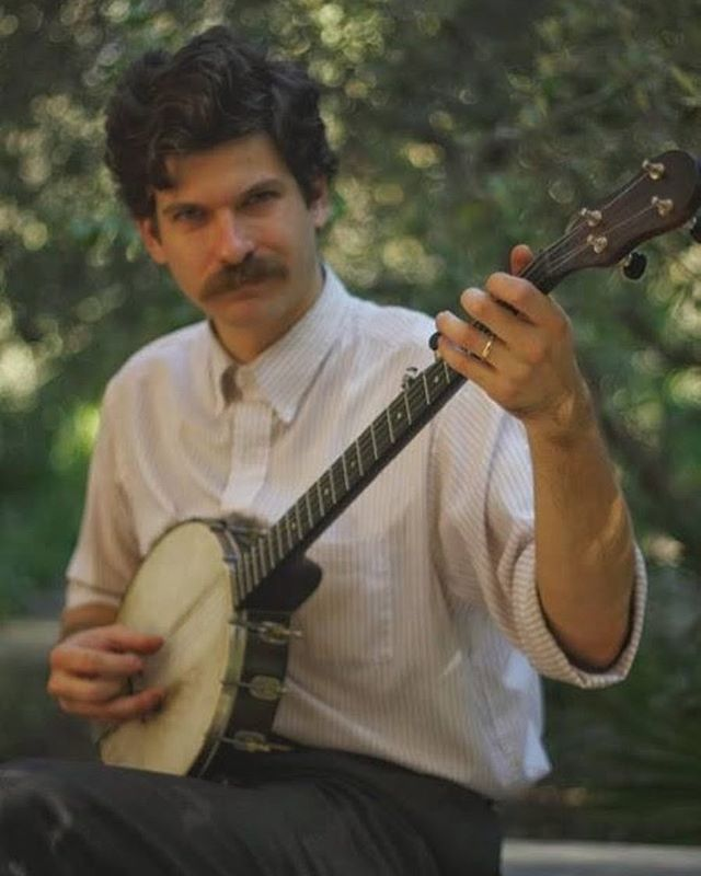 Frank Fairfield is back and making a rare live appearance in Long Beach next Friday 9/15 for our kickoff party for the @lbrevivalfestival at @atthetoplb with @hogslopstringband and @moonsville . Tix available at http://hillgrassbluebillysocal.com #stringbandextravaganza #party #folkrevivalfestival #longbeach #frankfairfield #hogslopstringband #moonsville #oldtimemusic
