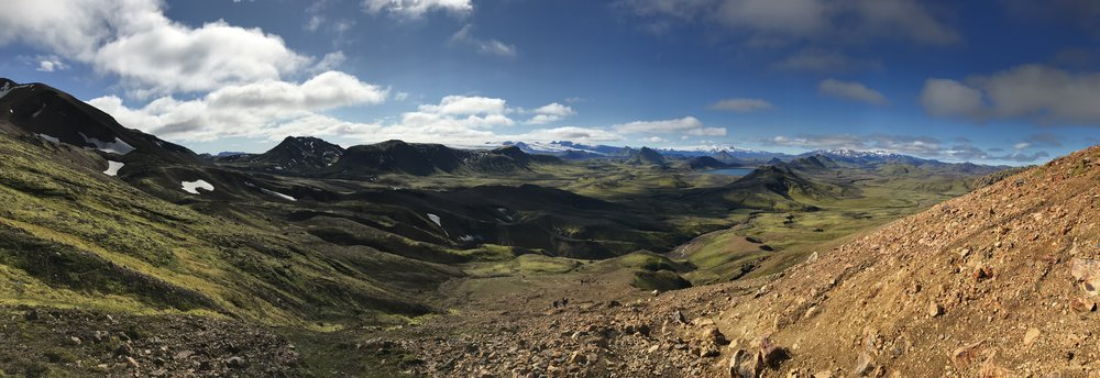 There is a long climb out from Lake Alftavatn, but a stunning view!