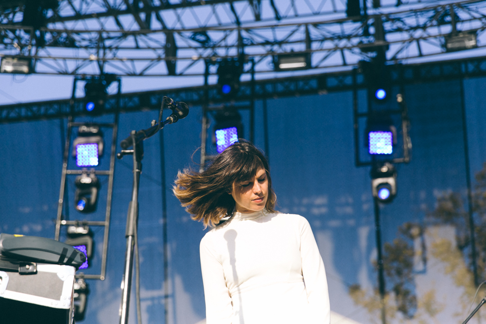 MELODY'S ECHO CHAMBER PERFORMS AT THE 2015 FYF FESTIVAL IN LOS ANGELES. / PHOTO © KAYLA REEFER, SUSPEND MAGAZINE