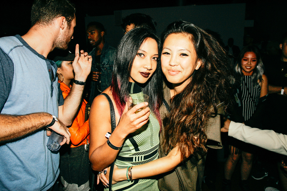 Leslie Corpuz and Diane Abapo at #NIGHTSWIMDTLA (Oct 1) presented by SUSPEND Magazine, HLZ BLZ, DOPE Fairfax, Ladies First Events, and LOVE+MADE. / Photo: © Jonathan Tate for SUSPEND Magazine