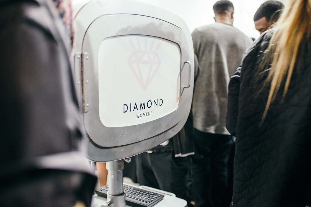 Photobooth at the Diamond Womens Launch at Diamond Supply on Fairfax (Nov 13). / Photo: © Diane Abapo for SUSPEND Magazine.