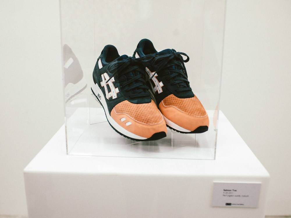 Salmon Toe  by Ronnie Fieg (09-30-2011). Perf pigskin suede, nubuck. / Photo: © Diane Abapo for SUSPEND Magazine.