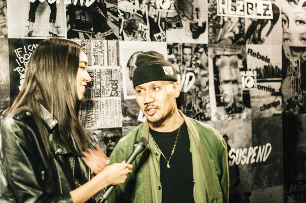 Sam Rea interviewing Emil Soriano of Crooks & Castles at the ISSUE 06 Launch x HLZBLZ 10Year Anniversary (Feb 11) at Globe Theater. / Photo: © Jordan Abapo for SUSPEND Magazine