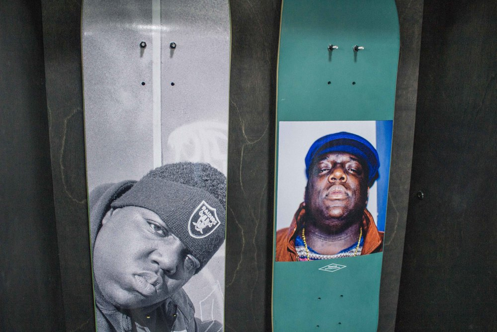 Biggie shrine at Primitive Apparel booth at LA Men's Market at CMC. / Photo: © Hannah H. Song for SUSPEND Magazine