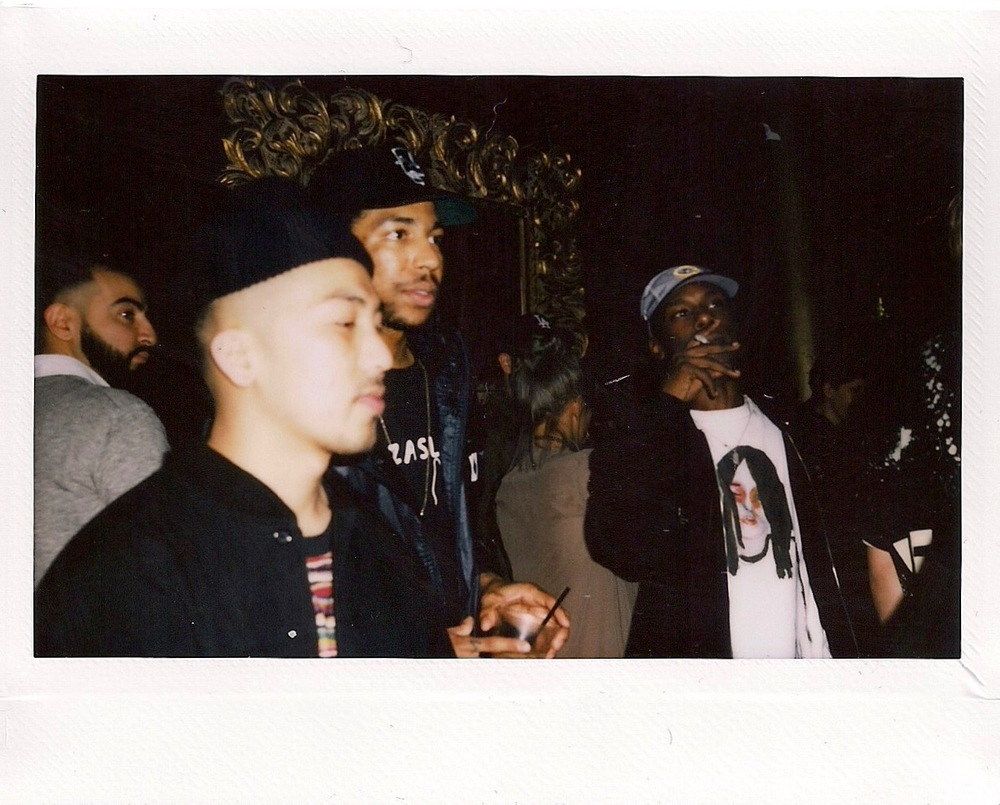 Photo © FriendsOnly™ Club at the SUSPEND ISSUE 06 Release (Feb 11).