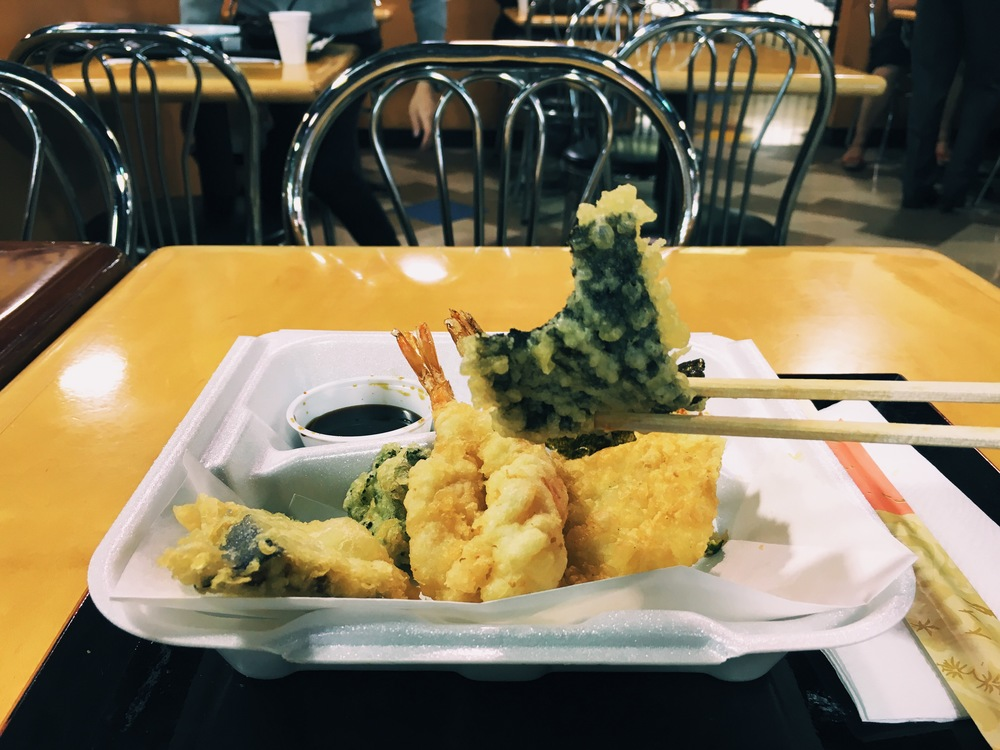 The crunchiest of them all: nori tempura! // Photograph © Hannah R.J.A. Song / SUSPEND Magazine