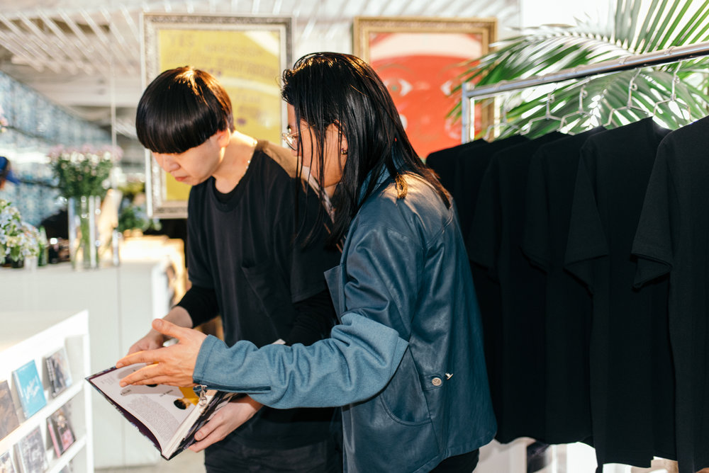 """All Gone"" book signing at GR8 Tokyo (March 29). Pictured: GR8 founder and creative director, Kubo. / Photo: © Leslie Corpuz for SUSPEND Magazine"