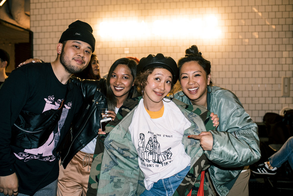 "With Rina (middle) of Mortar Tokyo at ""Across the Street"" SUSPEND Magazine photo show (April 5) at Pizza Slice 2 in Tokyo. / Photo © SUSPENDMAG.COM"