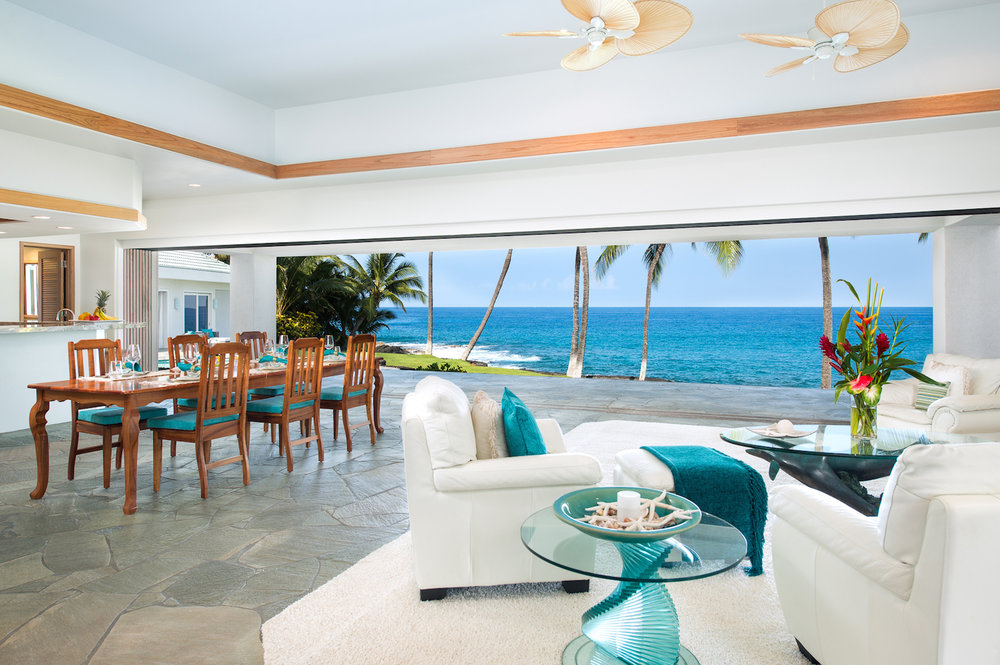 Hawaiian Oceanfront Estate Living Room