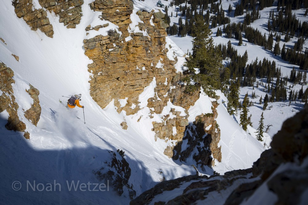 Willie Nelson with a shifty in Little Chute while skiing on Day 4 of the Ski City Shootout. Alta Ski Resort, Utah.