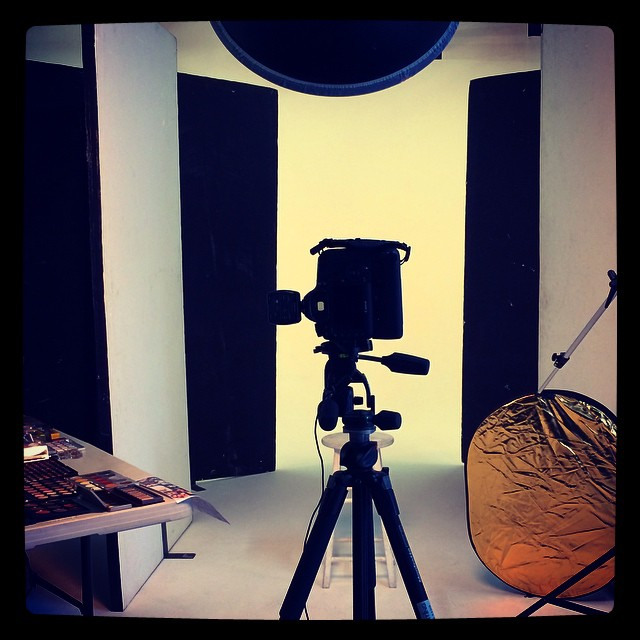 ....and we're ready #garycockerill #BTS #beautyphotographer #shoreditchstudios #123lighting