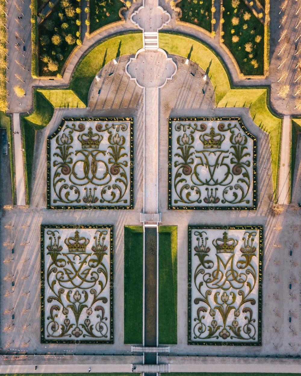 The garden as seen from straight above, with the monogram shaped flowerbeds clearly visible. The monograms belong to King Frederik IV, Christian VII, Frederik V and the current monarch Queen Margrethe II.