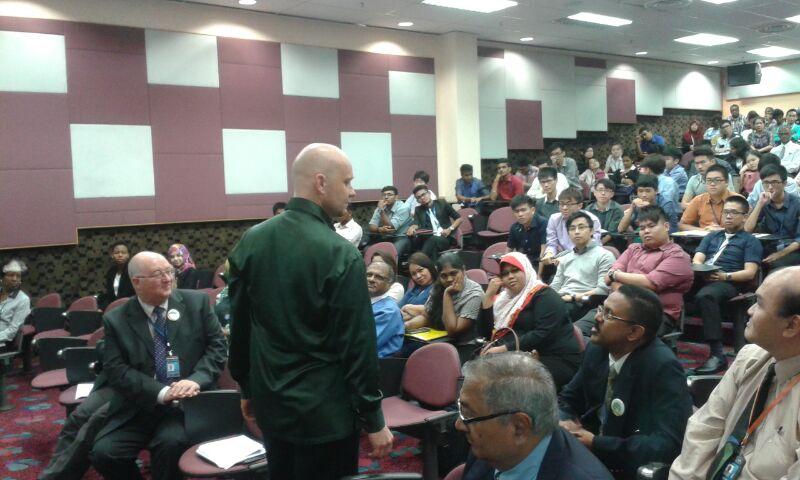 APU Green Earth Day talk 2014.jpg