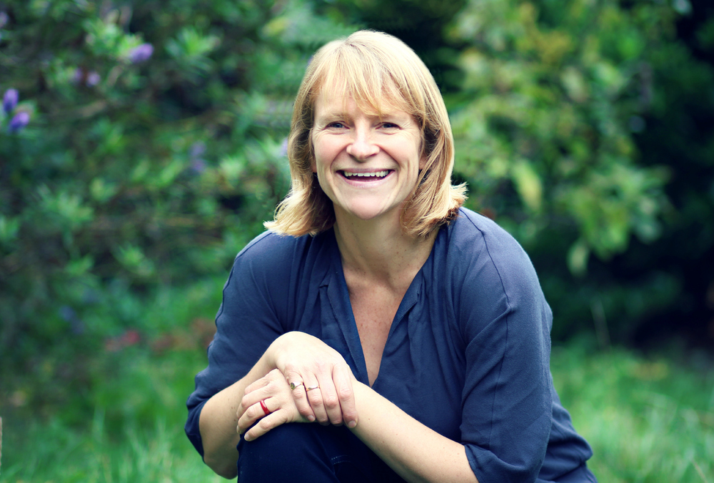 Una Nicholson, certified HANDLE Screener and Feldenkrais Practitioner