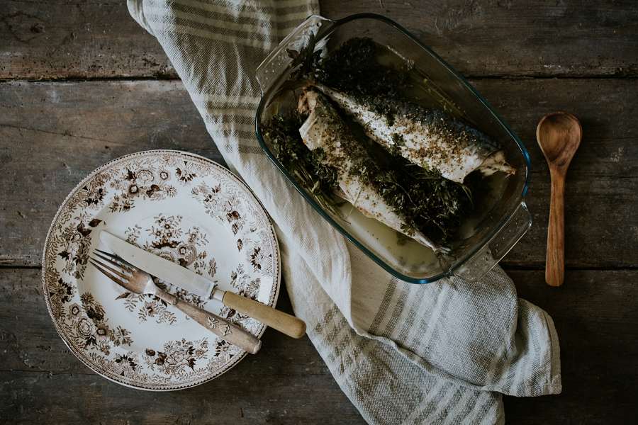 baked-parsley-mackerel