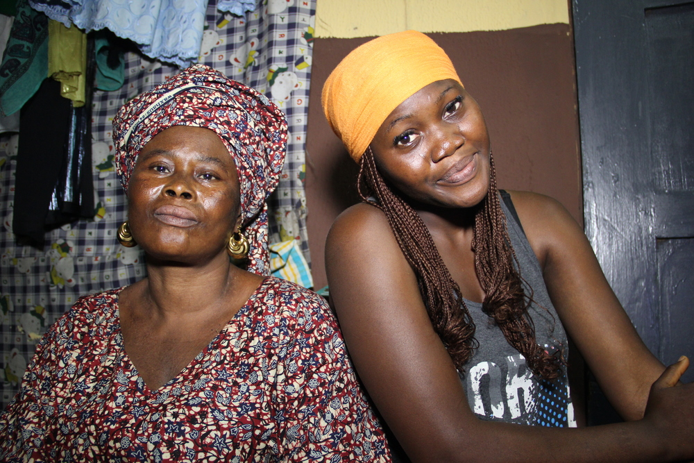 Aisha and Mum.JPG