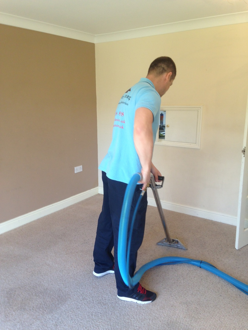 living room carpet cleaner.jpg