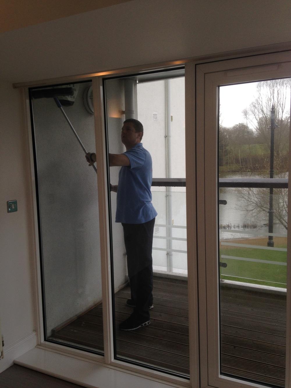 cleaner external windows.jpg