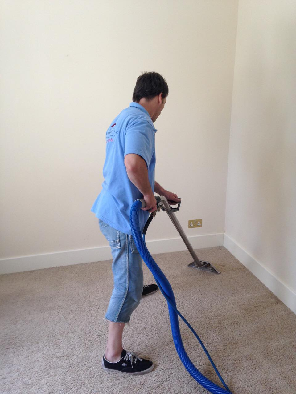 deep carpet steam cleaning london.jpg