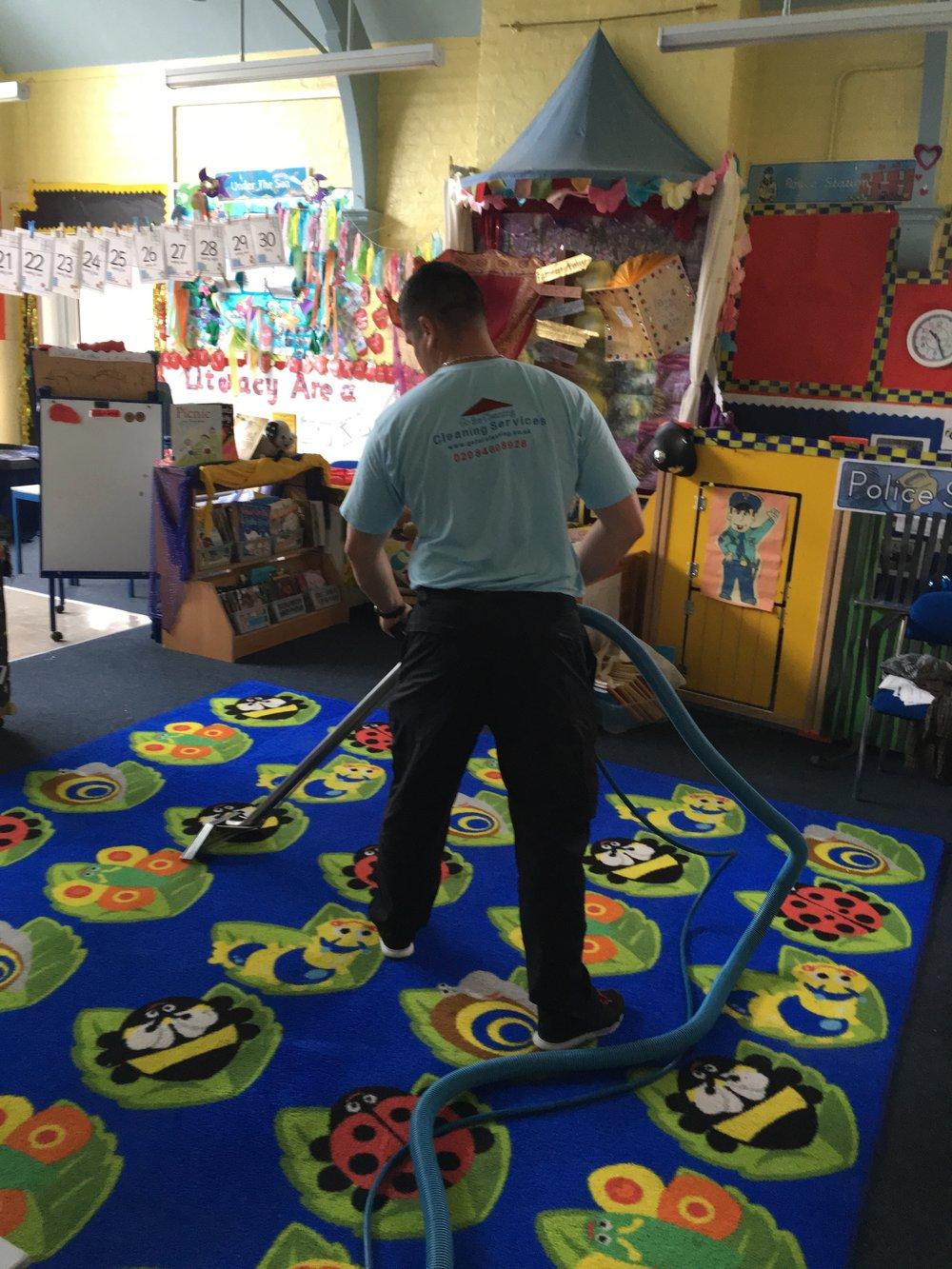 Carpet Cleaning Expert.jpg