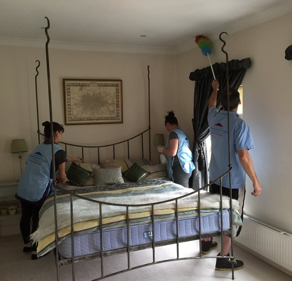 end of tenancy cleaning team in London.jpg