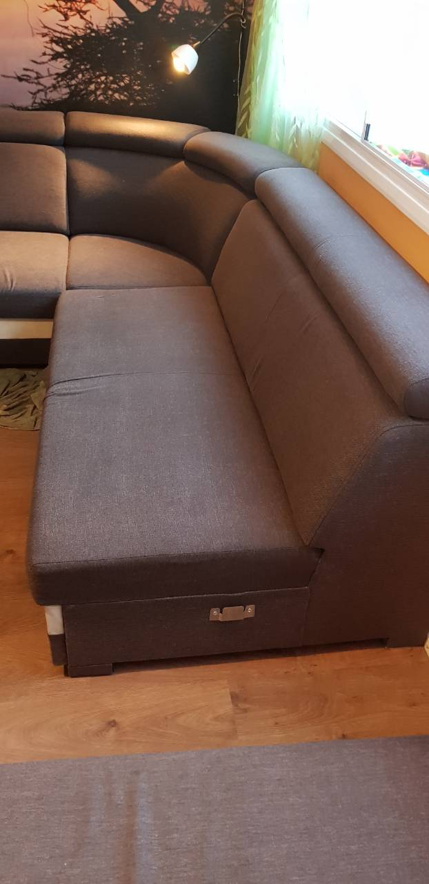 couch in W8 professionally cleaned.jpg
