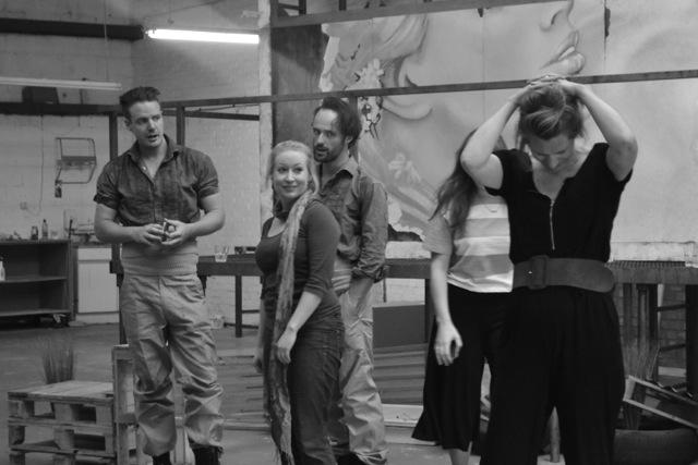 Tom Stoddart (Dancairo); Hannah Sawle (Frasquita); Lawrence Olsworth-Peter (Remendado);Flora McIntosh (Carmen).© Andreas Grieger