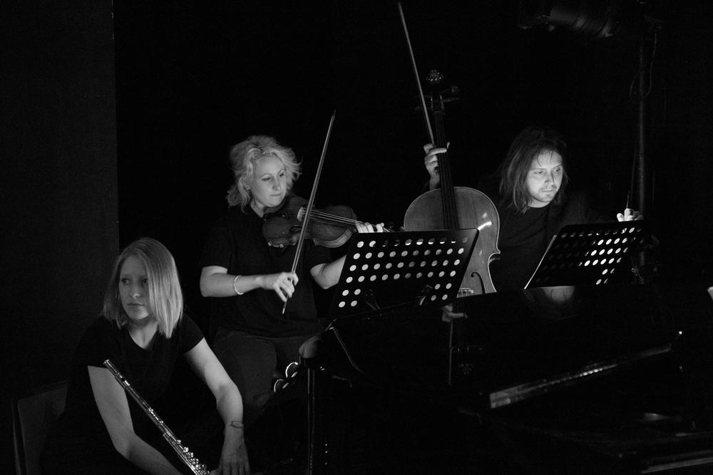 Carmen (OperaUpClose). Alyson Frazier (Flute), Nicole O'Crespo Donoghue (Violin), Theodore Balkwill (Cello). Photo Andreas Grieger