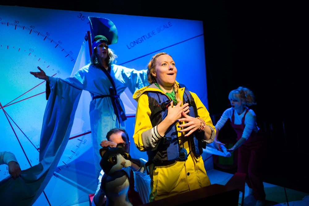 Ulla's Odyssey. OperaUpClose, Kings Place. Flora McIntosh & Sarah Minns. Photo by Christopher Tribble.